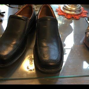 Men's size 9 dress shoes